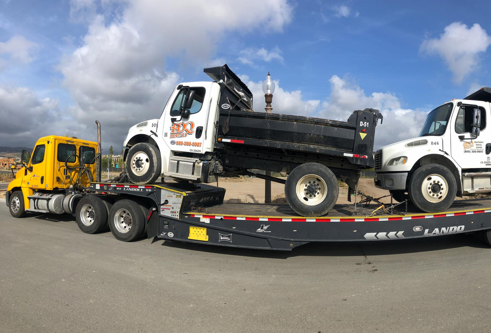 dump-truck-transport-heavy-equipment-miami-florida